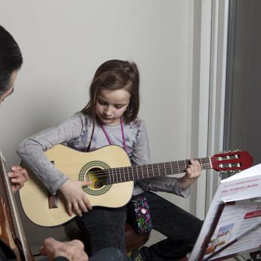 Einzelunterricht Gitarre | Kids 10-12 Jahre
